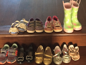 Size 7 and 8 shoes toddler girl