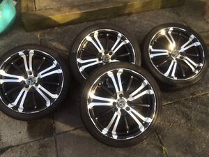 I''m selling my beautiful 17 inch RTX mags (USED )GOOD CONDITION