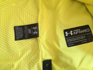 Under Armour Boys Winter Coat, size 12-14, new with tags Belleville Belleville Area image 5
