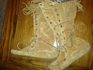 REDUCED!! Laurentian Chief Mocassins Size 5/6