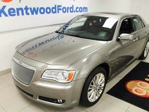 2014 Chrysler 300 AWD!! LEATHER , ROOF , NAV !!