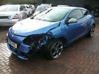 2010 Renault Megane 2.0dCi 160 FAP GT COUPE SALVAGE DAMAGED REPAIRABLE DRIVES