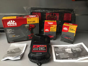 NEUF!!! Ensemble Impact a batteries Mac Tools NEUF!!!