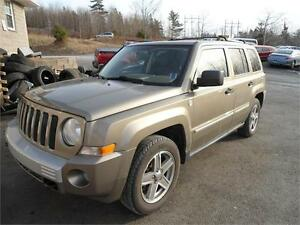 2008 JEEP PATRIOT LIMITED - FULLY LOADED !!!, NEW MVI