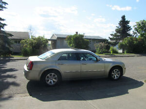 Excellent Condition - Chrysler 300