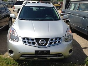 2013 Nissan Rogue S AWD, 67,800kms Certified and E-tested