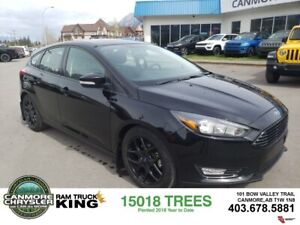 2016 Ford Focus SE Leather Sunroof Blackout Package Low Kms