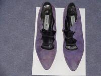 Italian designer leather court shoes, size 39.5/UK 6.5