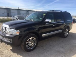 2007 Lincoln Navigator Ultimate-SUNROOF-LEATHER-NAV-LOADED
