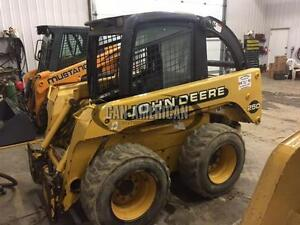 2000 DEERE 250 SKID STEER LOADER