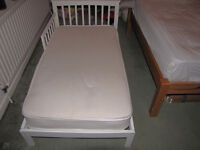 Toddler bed + organic mattress