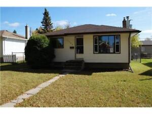 BUNGALOW IN THE HEART OF WEST FORT GARRY!