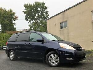 2007 Toyota Sienna LE/AUTO/AC/7PASS/MAGS/CRUISE/PORTE ELECT/AUX!