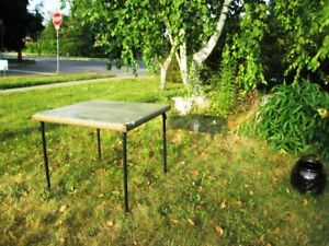 Folding tables for the lawn party / patio / camping