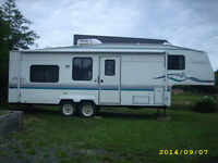 27.5 Fifth Wheel Trailer For Sale