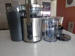 Breville Juicer - Very Good Condition Breakwater Geelong City Preview