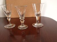 ANTIQUE VICTORIAN DRINKIING GLASSES