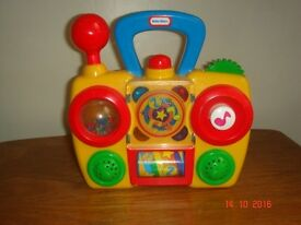 Little Tikes play activity radio - SORRY NO OFFERS
