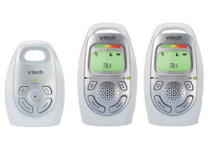 VTech Safe & Sound Digital Audio Baby Monitor with 2 Parent Unit