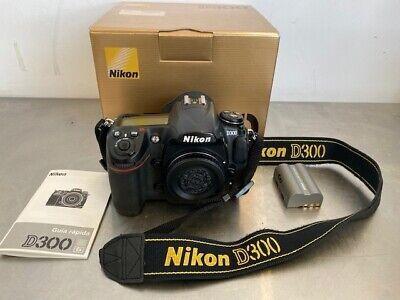 Nikon D300 12.3MP Digital SLR Camera Black Body Only Battery Strap segunda mano  Embacar hacia Mexico