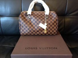Louis Vuitton Brown Chequered Speedy 30 bag with the key and padlock for sale
