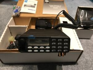 """TAIT Mobile Radio T2040""""Kit Complete with external speaker"""