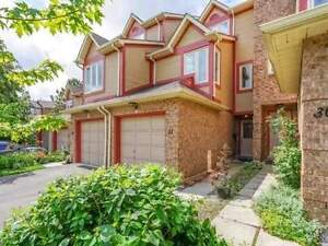 3 Bedroom Town House In Very High Demand Complex