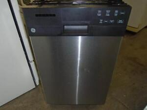 GE MINI DISHWASHER / MINI LAVE-VAISELLES GE