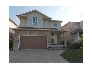 BEAUTIFUL 3+1 BED HOUSE FOR RENT IN LAURELWOOD WATERLOO