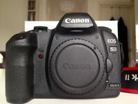 Selling Canon 5d mark ii in excellent condition