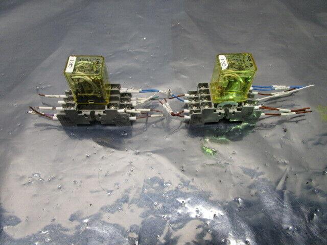 2 IDEC SY4S-05 Cube Relay 94X01 Relay Socket, 101150
