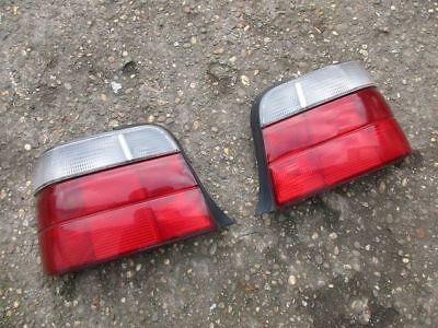 Gebraucht, BMW E36 M Paket Compact Rückleuchten Heckleuchte Rücklichter Rot Weiß Rücklicht gebraucht kaufen  Heppenheim