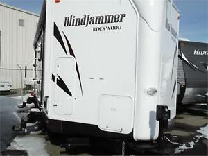 2014 ROCKWOOD WINDJAMMER 3006WK TRAVEL TRAILER