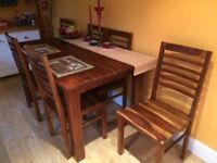 QUALITY EXTENDABLE DINING TABLE - 6 CHAIRS - RASPBERRY VILLAGE