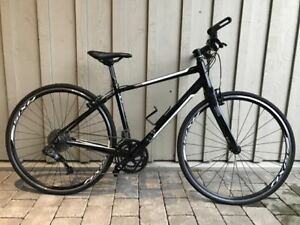 Specialized Vita Comp Fitness Bike - Like New!