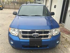 2012 Ford Escape XLT ONLY $8999!!