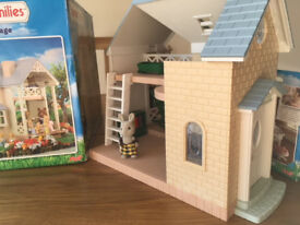 Sylvanian Families Bluebell Cottage and Tree house - With Many Accessories