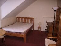 4KS 2 doubles rooms in same house £430 plus bills no deposit