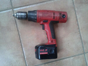 Perceuse sans fil Milwaukee Cordless Drill + Battery