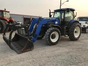 NEW HOLLAND T6070 TRACTOR w/LOADER (NEEDS TO GO, GIVE OFFER)
