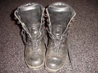 ARMY CADET BOOTS SIZE 4