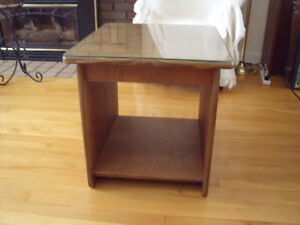 End table with Protective Glass on top