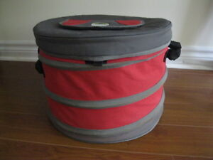 LARGE ESCORT COLLAPSIBLE COOLER-GREAT CONDITION!