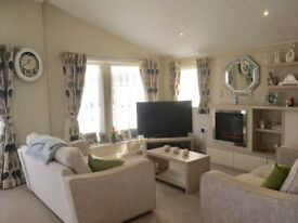 Two bedroom lodge, large decking area, great pitch