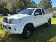 2010 Toyota Hilux KUN26R MY11 Upgrade SR5 (4x4) White 5 Speed Manual X Cab Pickup Tuggerah Wyong Area Preview