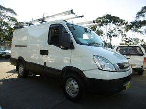 2009 Iveco Daily MY07 35S14 MWBMID White 6 Speed Automatic Van Yagoona Bankstown Area Preview