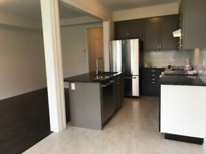 4 bedroom and a garage in Sharon