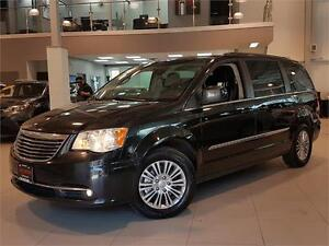 2013 Chrysler Town & Country TOURING-LEATHER-REAR CAM