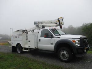 2012 Ford F550 ALTEC AT37G - Ready for Action!