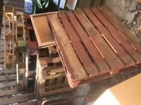wooden pallets mixed sizes and old wood units free to take